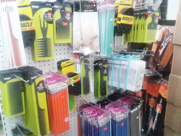 Combs Brushes Accessories - Combs-Brushes-Accessories